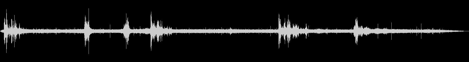 環境音 - 雷雨(雨・遠雷)の未再生の波形