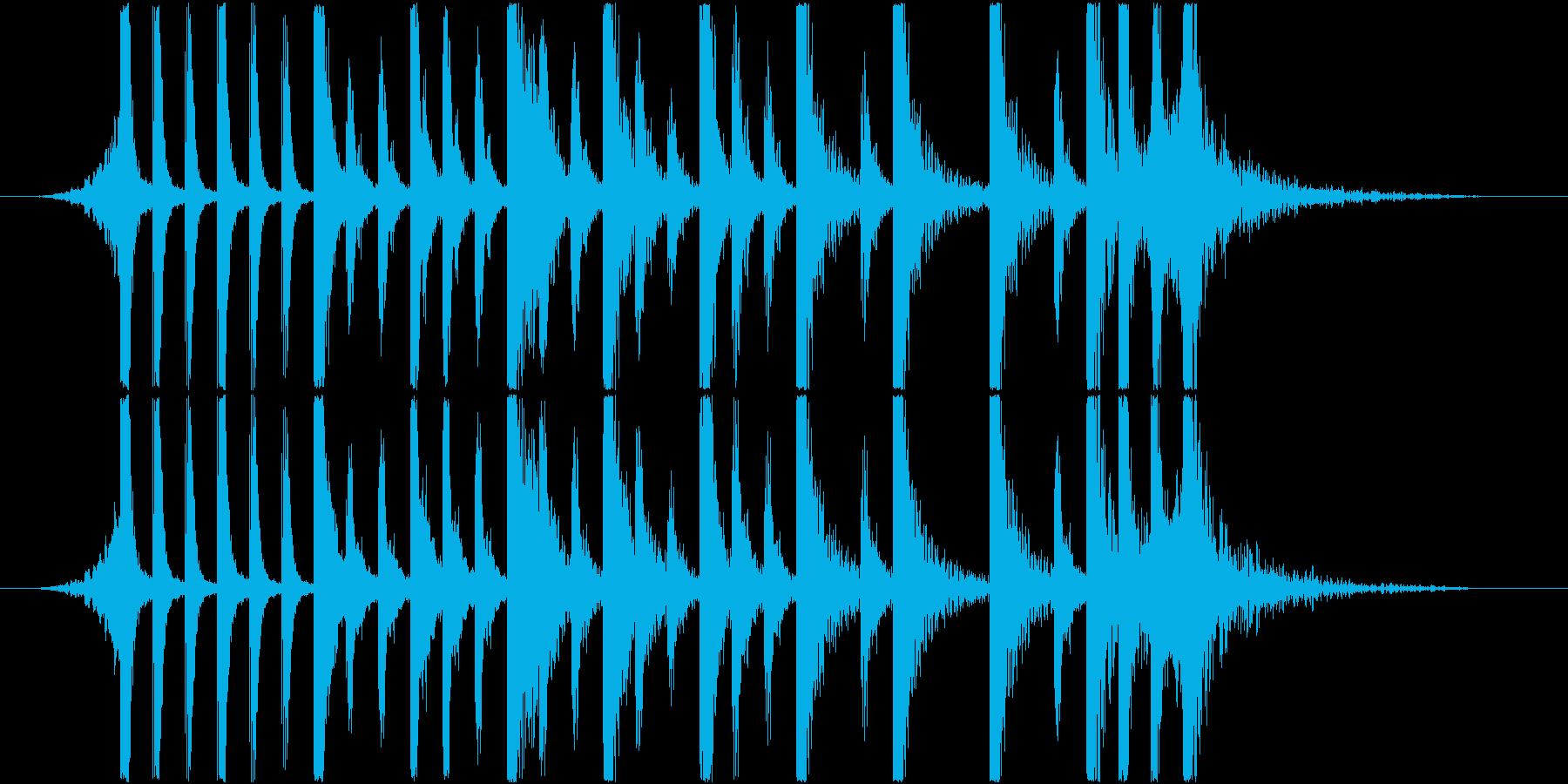 強力なリズムがみなぎる アップテンポの再生済みの波形