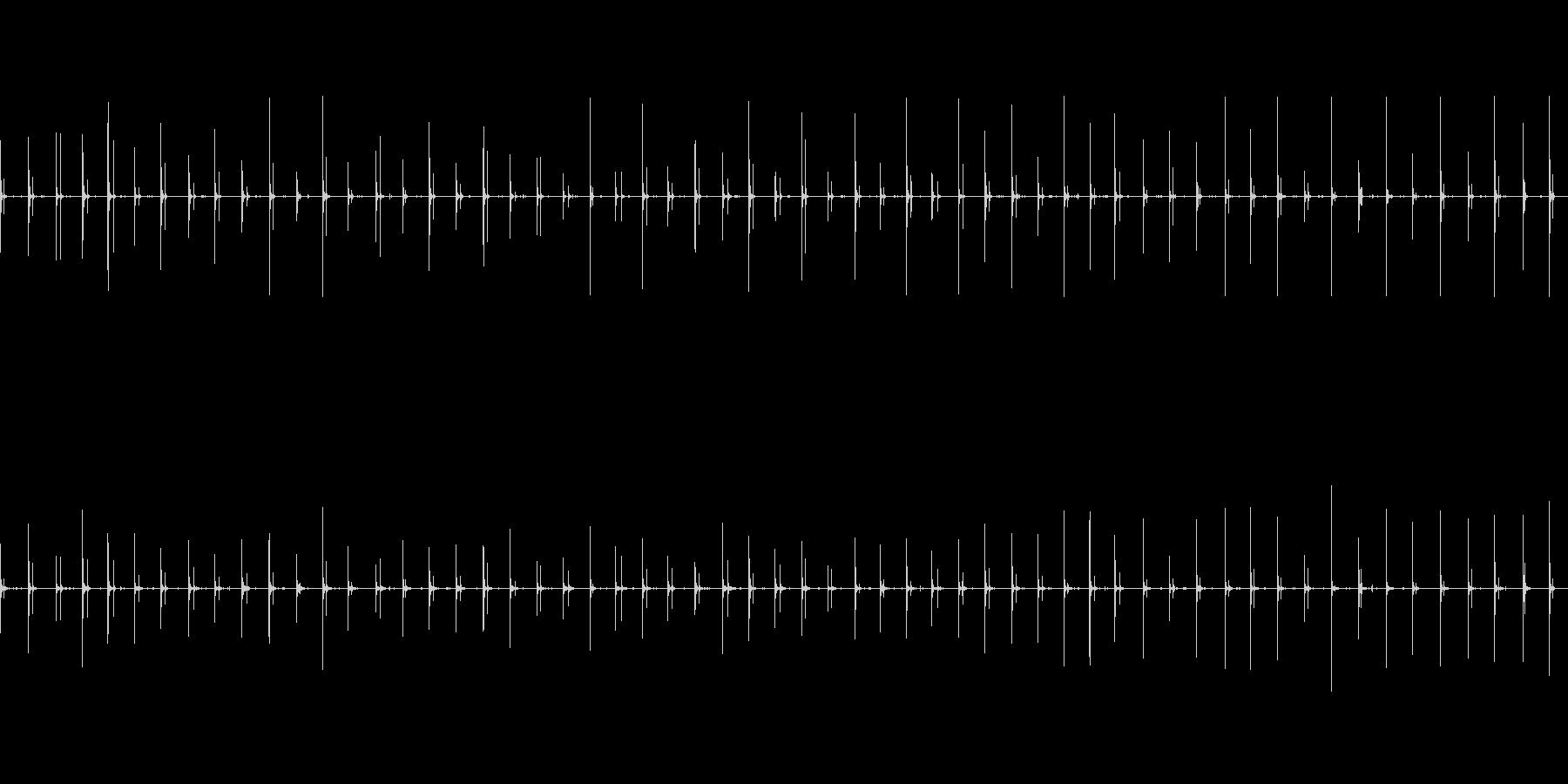 女性、中速の木製の足音、女性の足音の未再生の波形