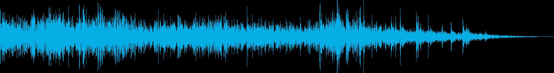 ドンパァ〜!本当にリアルな花火の効果音9の再生済みの波形