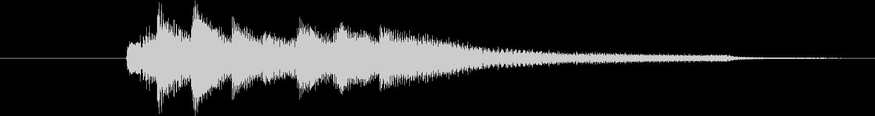 【生ピアノ】アイキャッチ:不穏な空気の未再生の波形