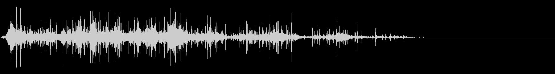 [生音]紙をクシャクシャにする02の未再生の波形