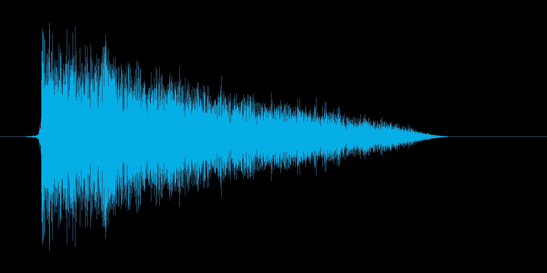 ゲーム(ファミコン風)爆発音_005の再生済みの波形