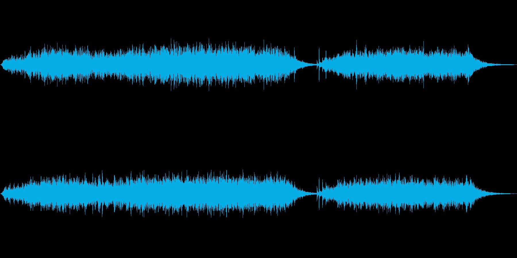 シンセパッドとグロッケン風不思議ジングルの再生済みの波形