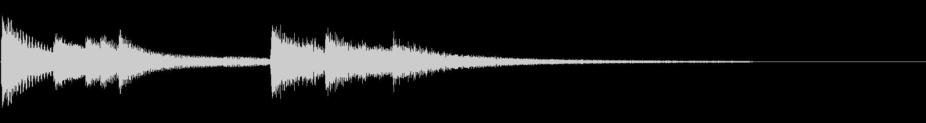 ピアノのコードが特徴的な暖かいジングル曲の未再生の波形