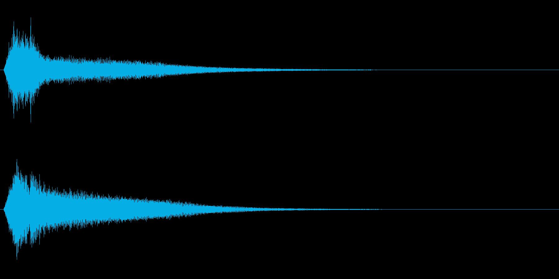 サスペンスに最適!ピアノの弦を弄ぶ音32の再生済みの波形