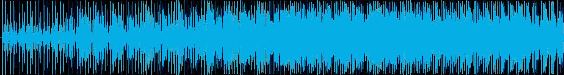 ボイスサンプルを切り刻んだ後半が印象的…の再生済みの波形