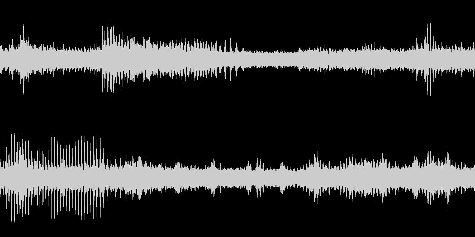 ヒグラシ・蝉の鳴き声(ループ)の未再生の波形