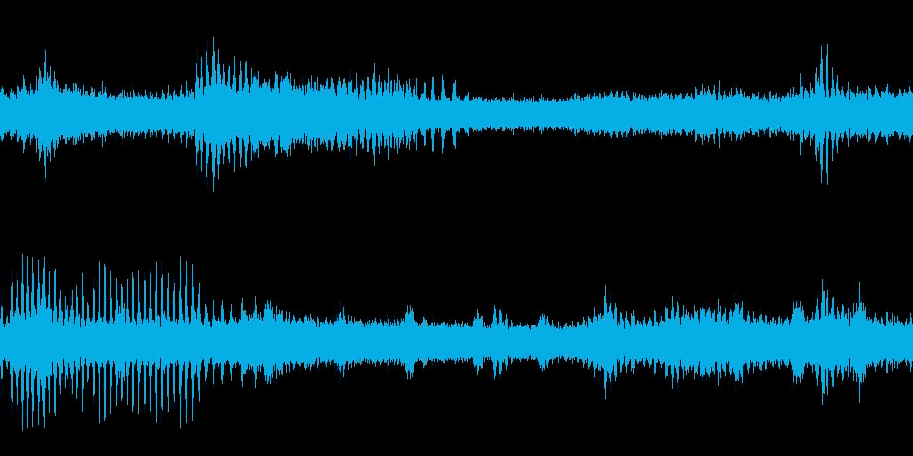ヒグラシ・蝉の鳴き声(ループ)の再生済みの波形