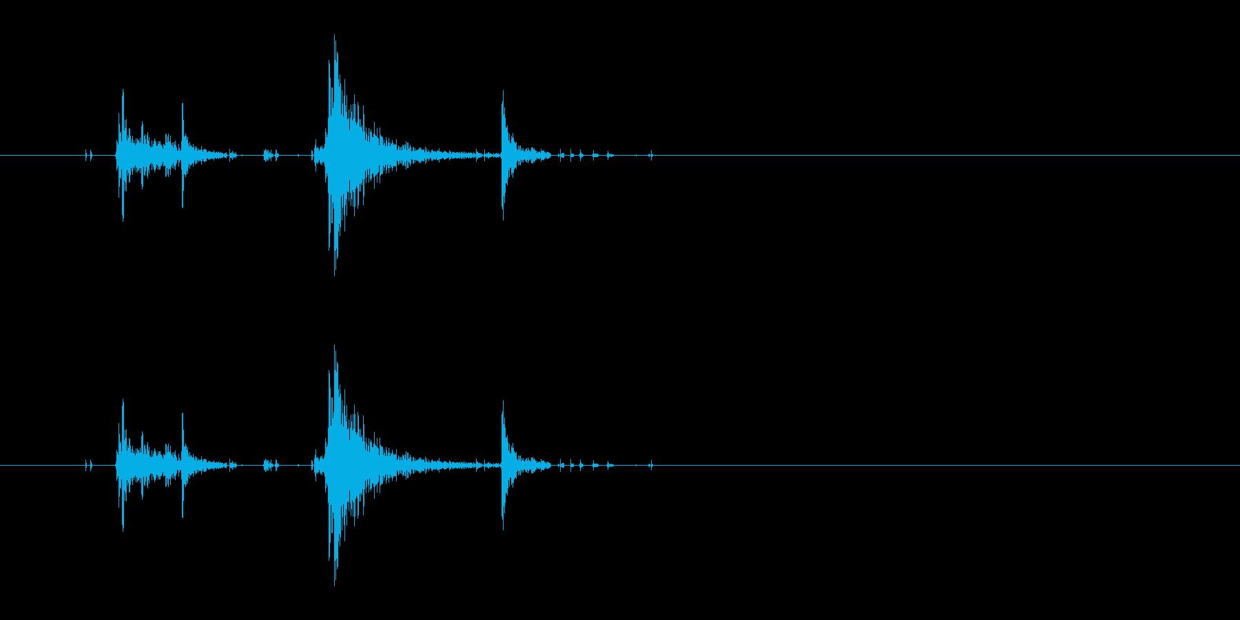 鍵を閉める音 ガチャン カチャンの再生済みの波形