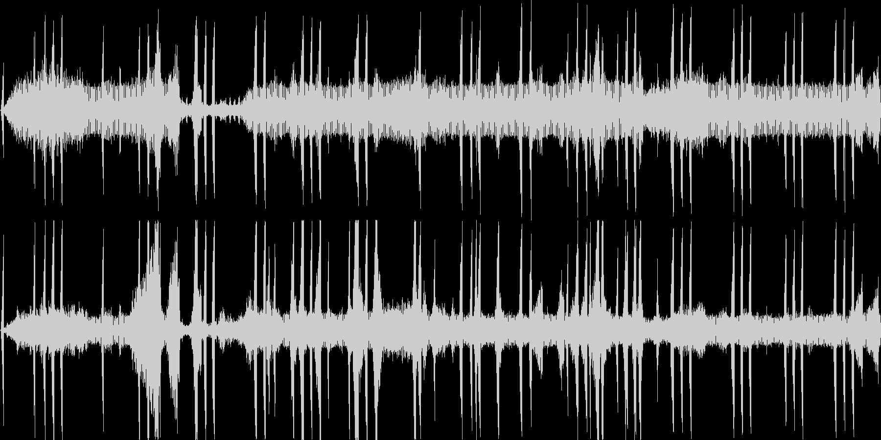 秋の夜長のような虫の鳴き声(コロコロ)の未再生の波形