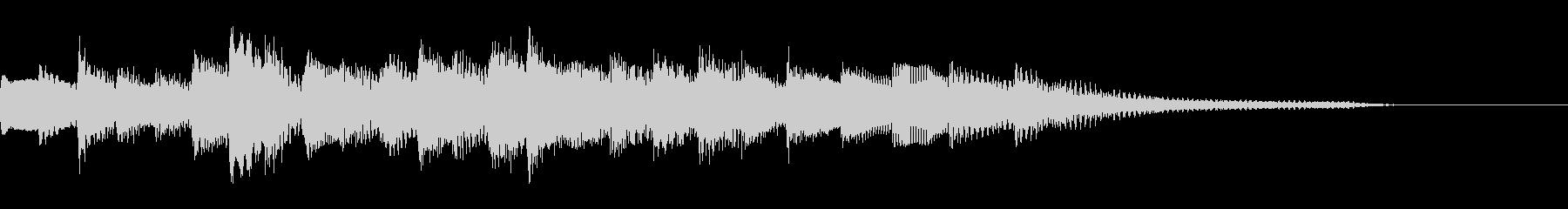 シンプルで、明るいピアノのジングルの未再生の波形