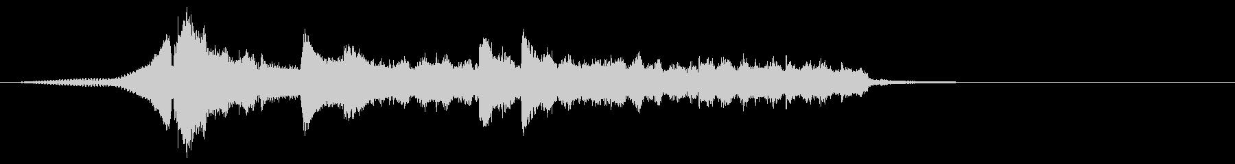 ピアノによるミニマルなジングルの未再生の波形