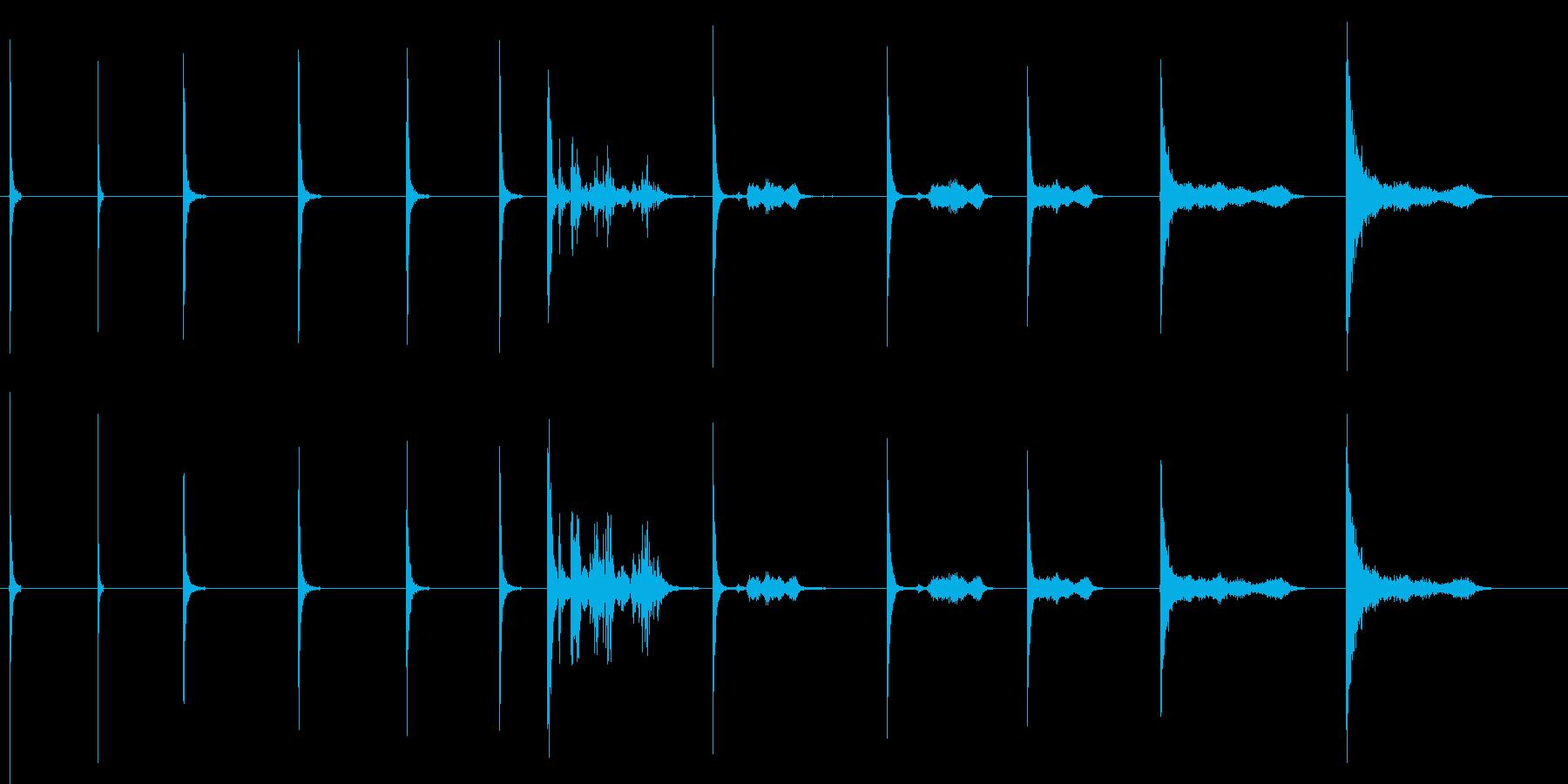 プルアウトX12からのCre音で車...の再生済みの波形
