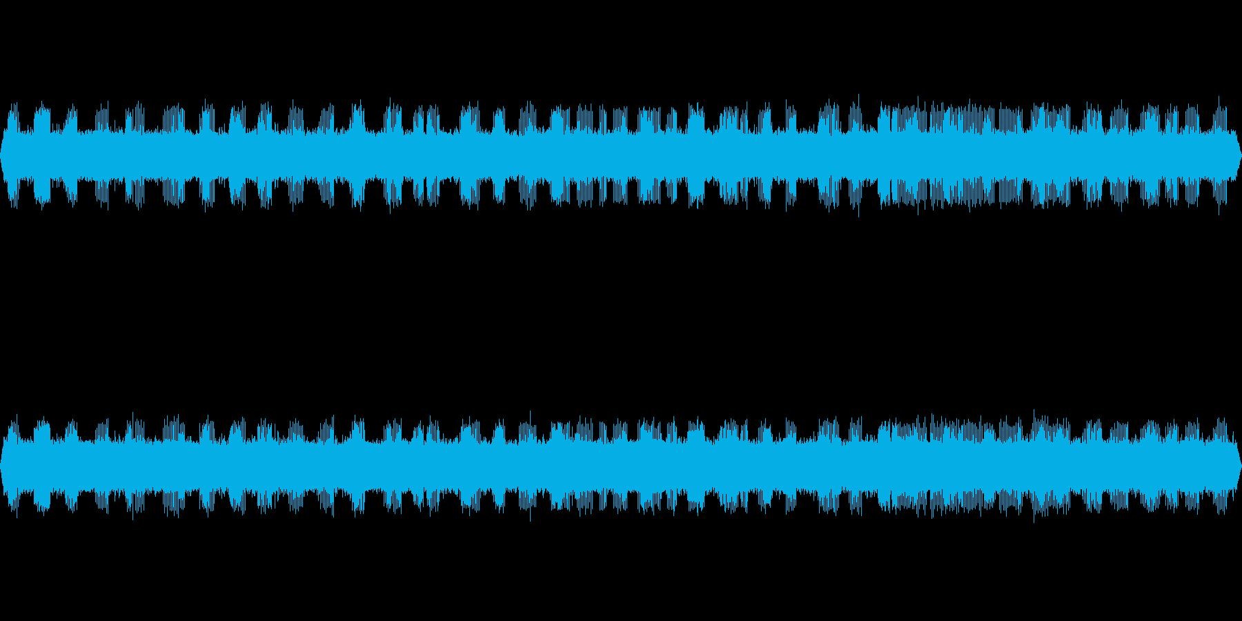 用水路の水音とコオロギの鳴き声の再生済みの波形