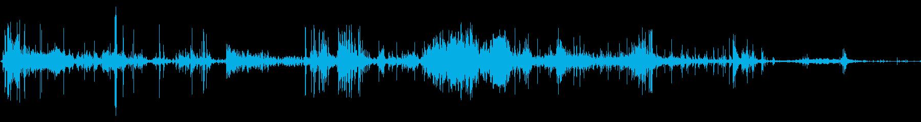 大規模なエイリアンクリーチャー:か...の再生済みの波形