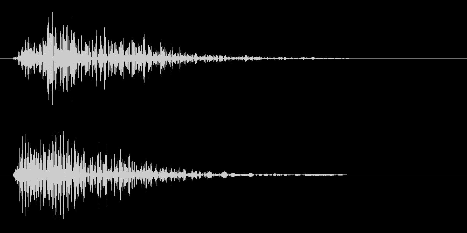 ビュン(一瞬で通り過ぎる音)の未再生の波形