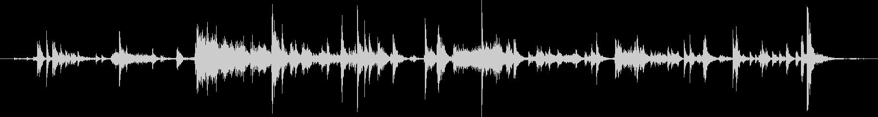 メタル クリークストレスミディアム04の未再生の波形