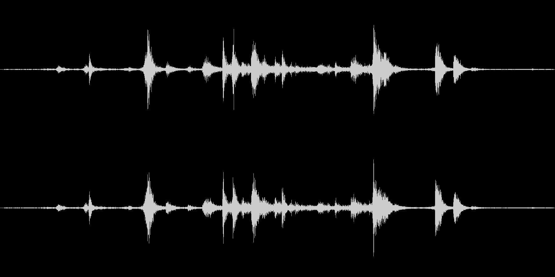 食器(ステンレス製)の音ですの未再生の波形