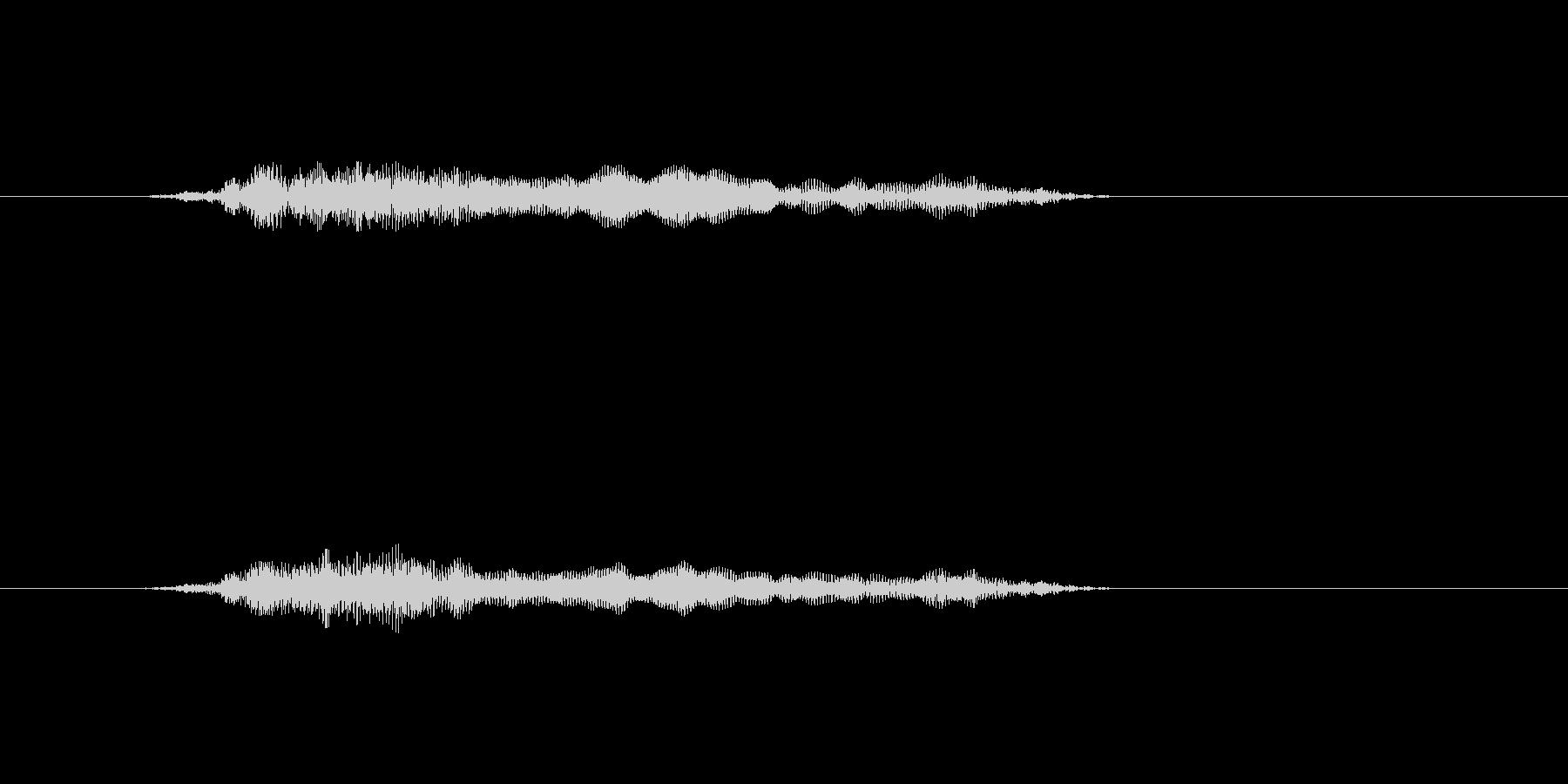 「猫の鳴き声002」にゃーおの未再生の波形