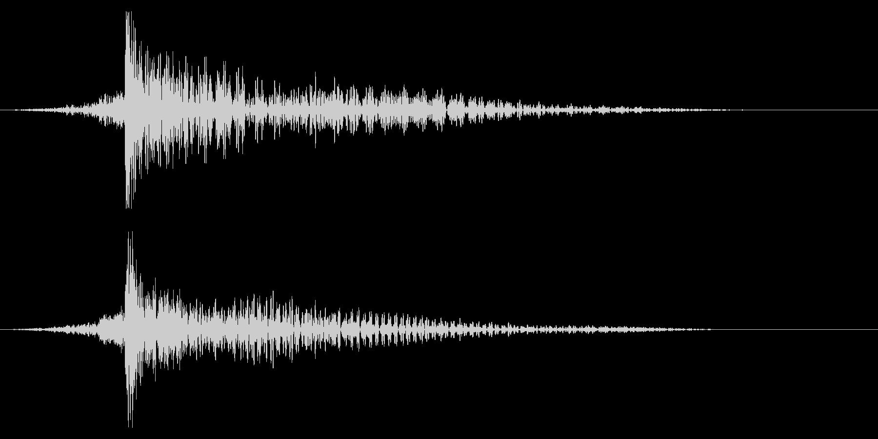 ホラー系アタック音108の未再生の波形