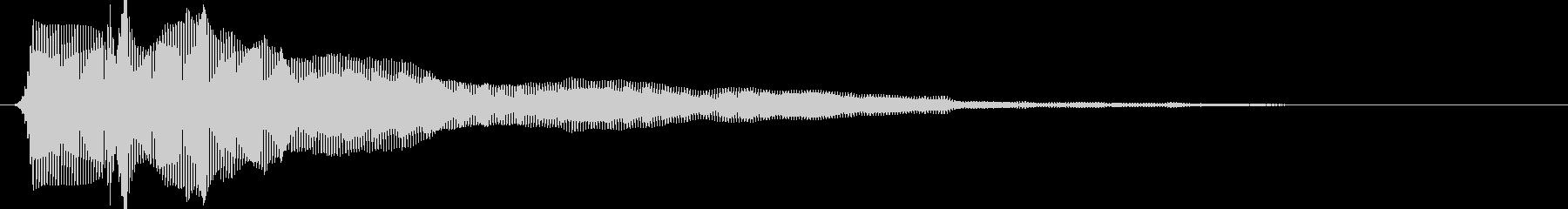 「フォーン」という感じの電車の警笛音の未再生の波形