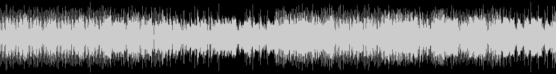 8bitとEベースと生ドラムのゲーム風曲の未再生の波形