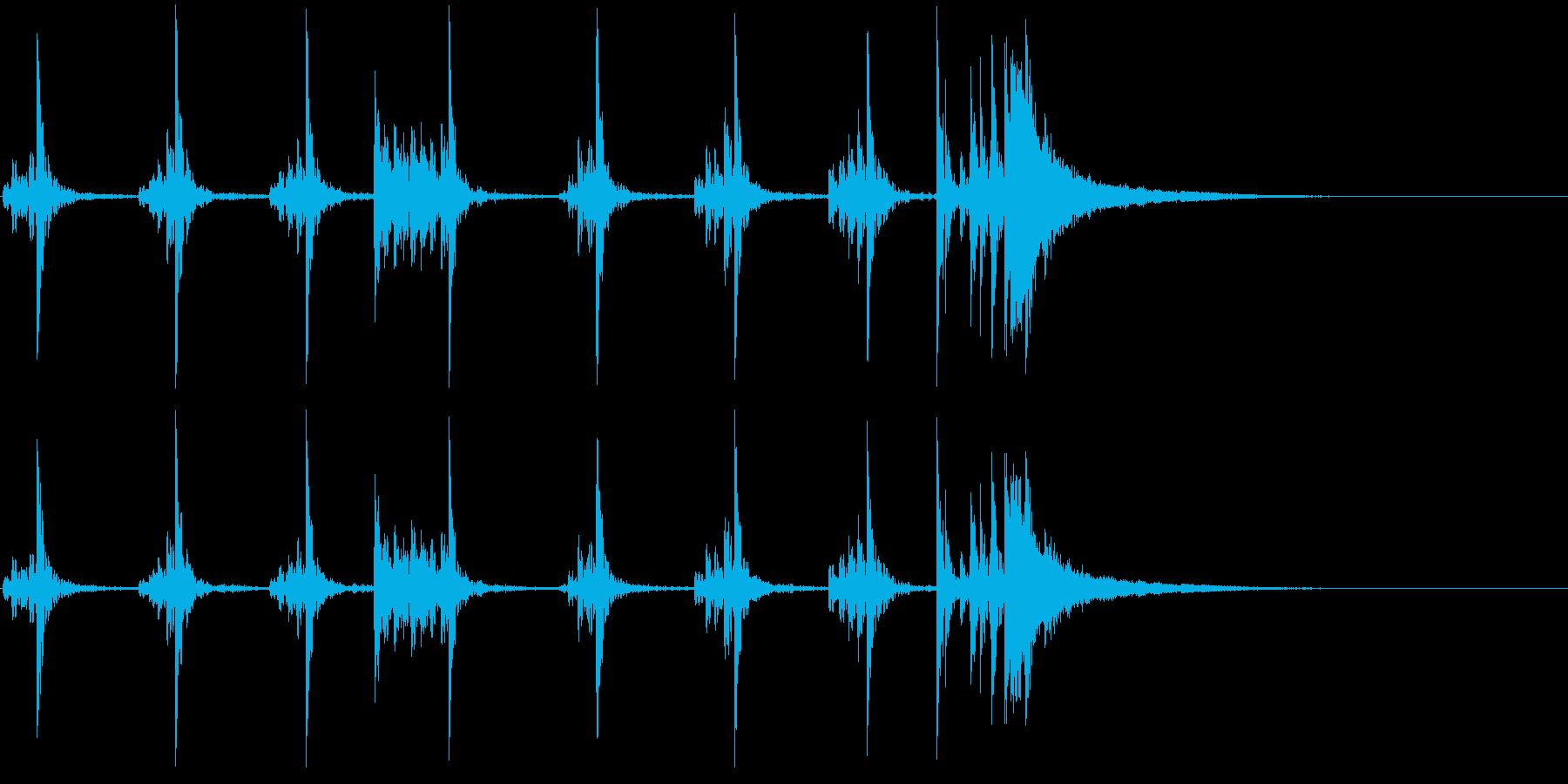低音:シンバルアクセントのある死の...の再生済みの波形