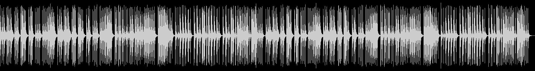 ほのぼのした雰囲気。三線のみを使用した曲の未再生の波形