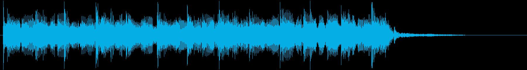 ベースとドラムによるバンドサウンド曲の再生済みの波形