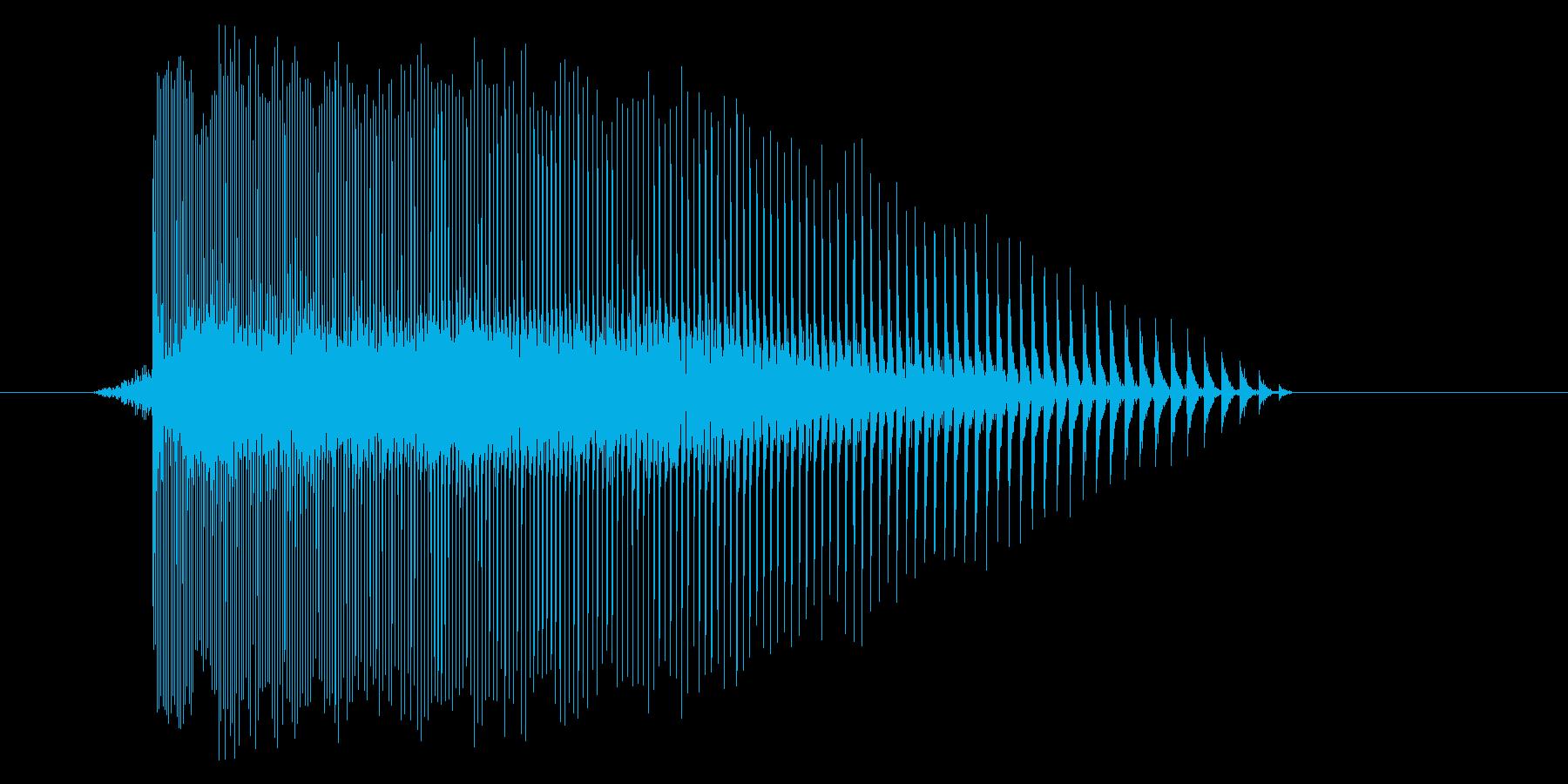 ゲーム(ファミコン風)レーザー音_032の再生済みの波形