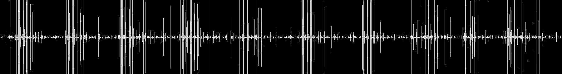 飴をかじる音ガリガリという音ですの未再生の波形