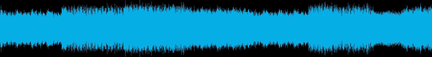 リズムが迫力のあるテクノの再生済みの波形