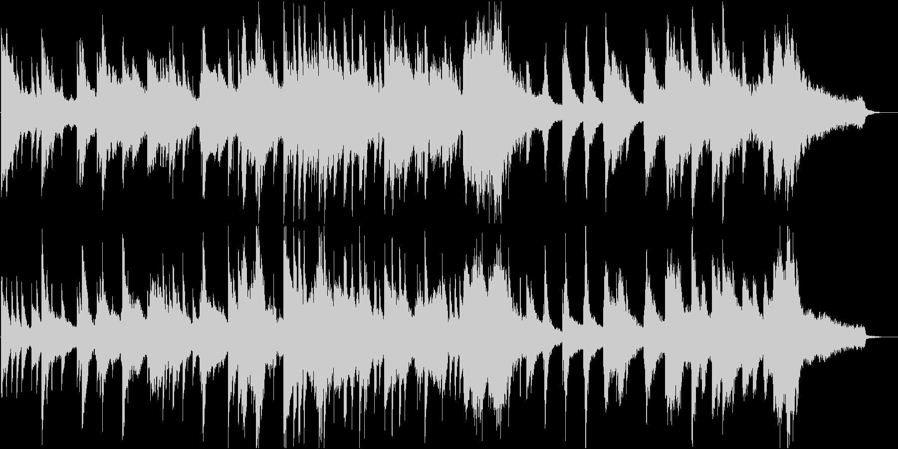 静かなピアノソロ。夜の光のイメージの未再生の波形