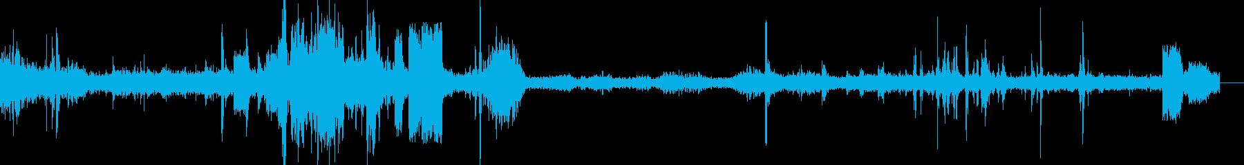 ディーゼル機関車スロースクイーキー...の再生済みの波形