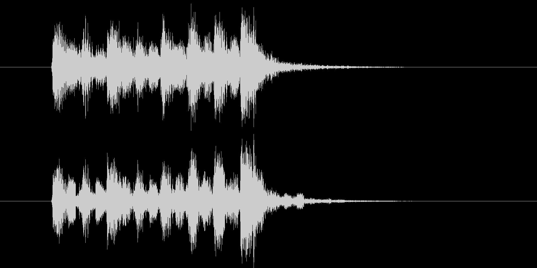 軽快なメロディのイントロの未再生の波形