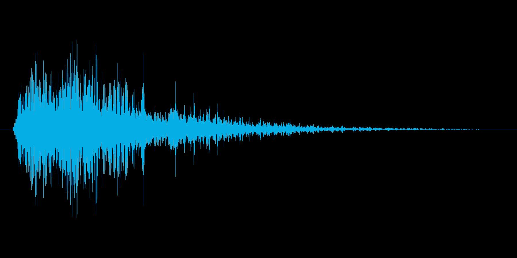 燃え盛る炎・火炎系の魔法(低レベル)mの再生済みの波形