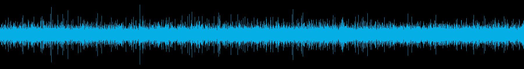 橋の下の川の水音【秋、夜】の再生済みの波形