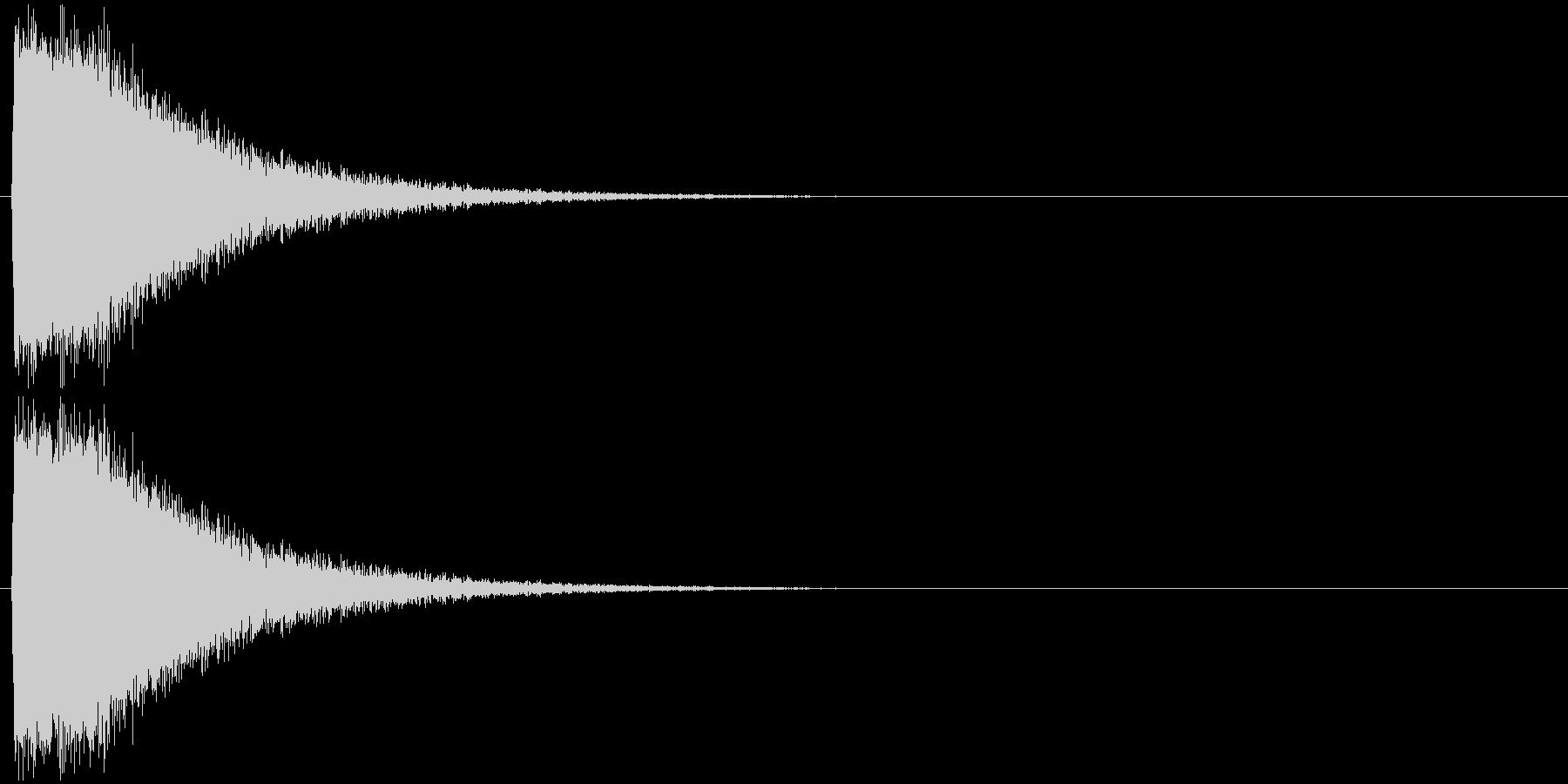 派手なレーザー発射 ピシューン 砲撃 の未再生の波形