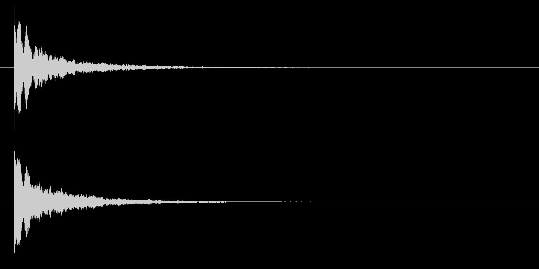 パリーン(光・輝く・割れる・砕ける)の未再生の波形