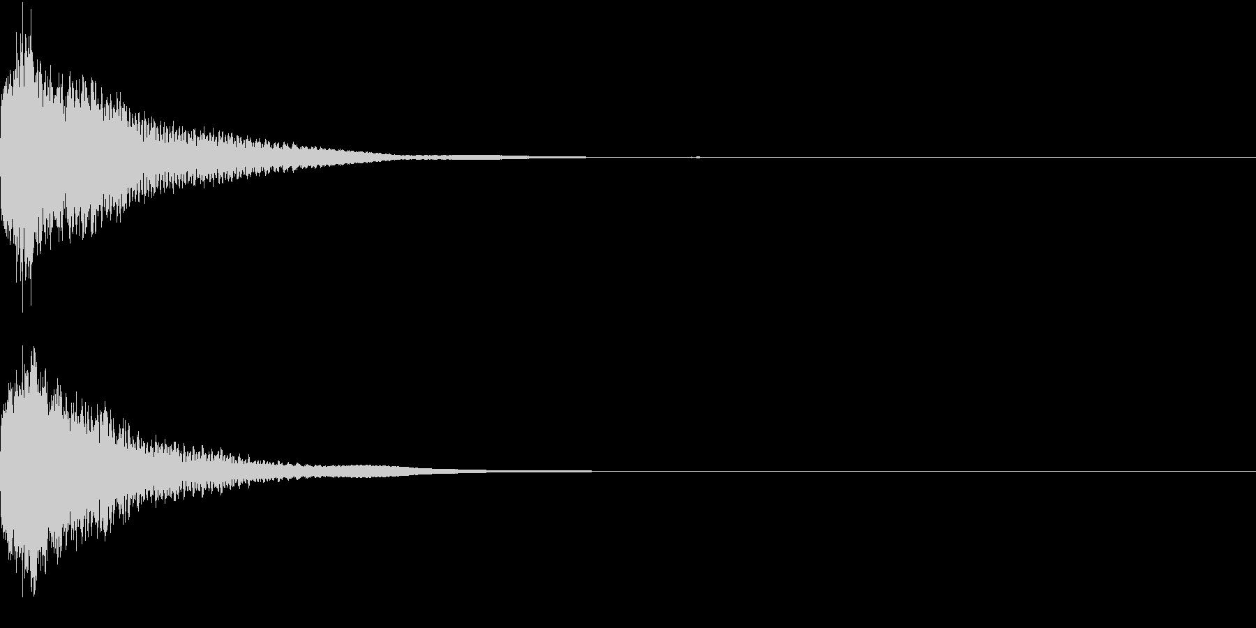 刀 一撃 キュイーン キーン 斬撃 04の未再生の波形
