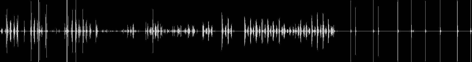 プラスチックのビーズ同士がぶつかる音の未再生の波形