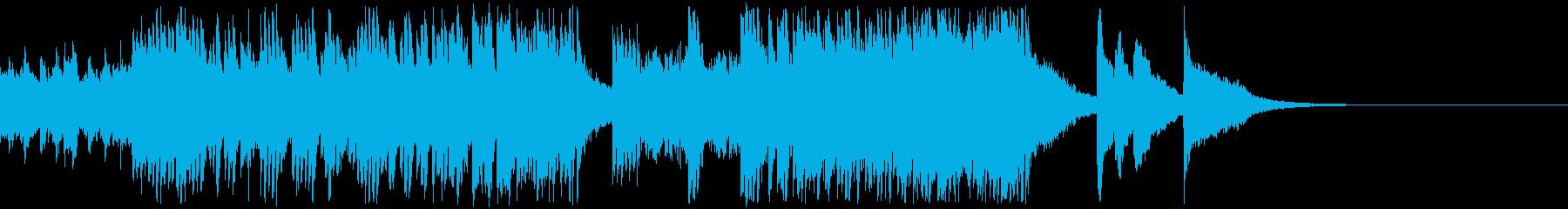 軽快なピアノの旋律が重なり合う音楽の再生済みの波形