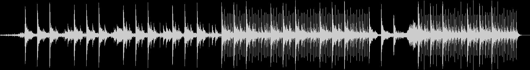 フィルムのノイズにキレイなオルゴールの未再生の波形