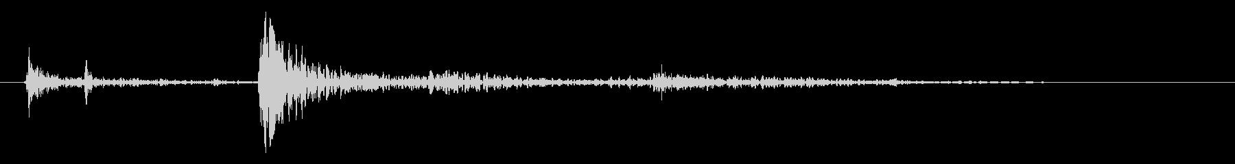 木材または木工品を置く効果音 01の未再生の波形